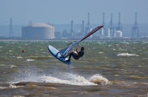 Chalkwell windsurfing pic