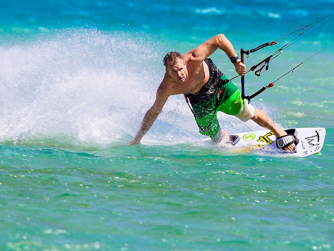 Jamie Kitesurfing